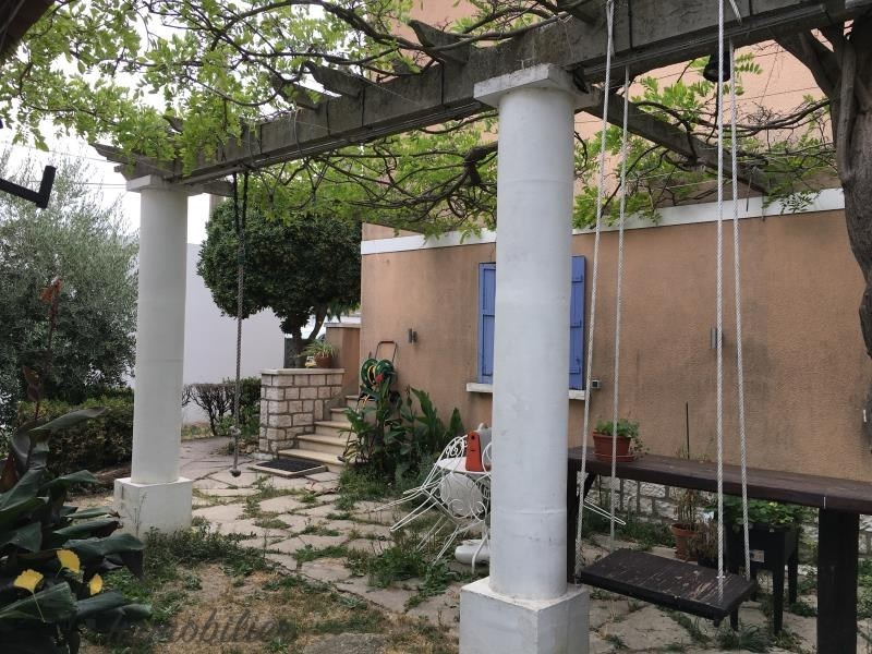 Vente maison / villa Salon de provence 275000€ - Photo 2