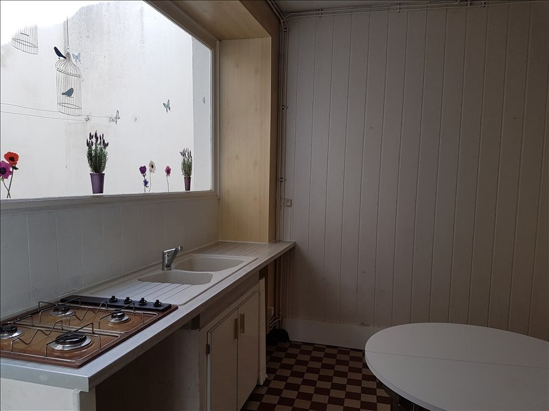 Location maison / villa St maixent l ecole 470€ CC - Photo 3