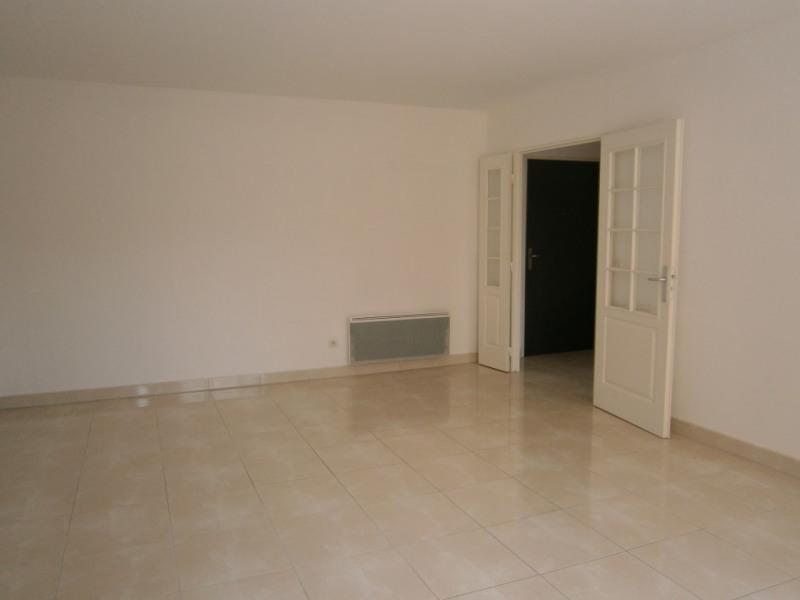 Rental apartment St remy les chevreuse 1318€ CC - Picture 3