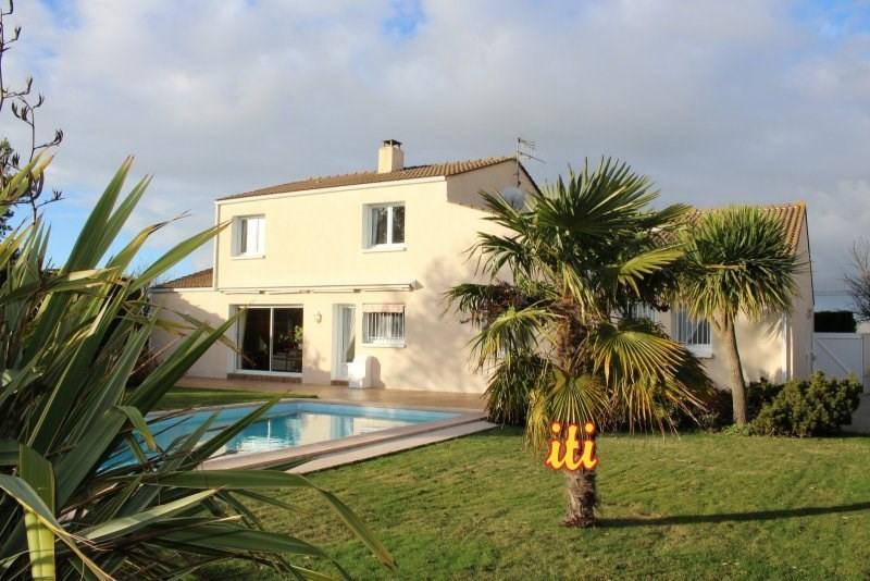 Sale house / villa Chateau d olonne 398000€ - Picture 1
