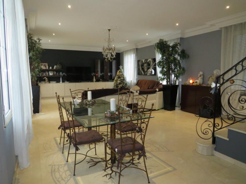 Sale house / villa Le raincy 790000€ - Picture 2