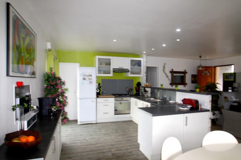 Sale house / villa Gujan-mestras 409000€ - Picture 2