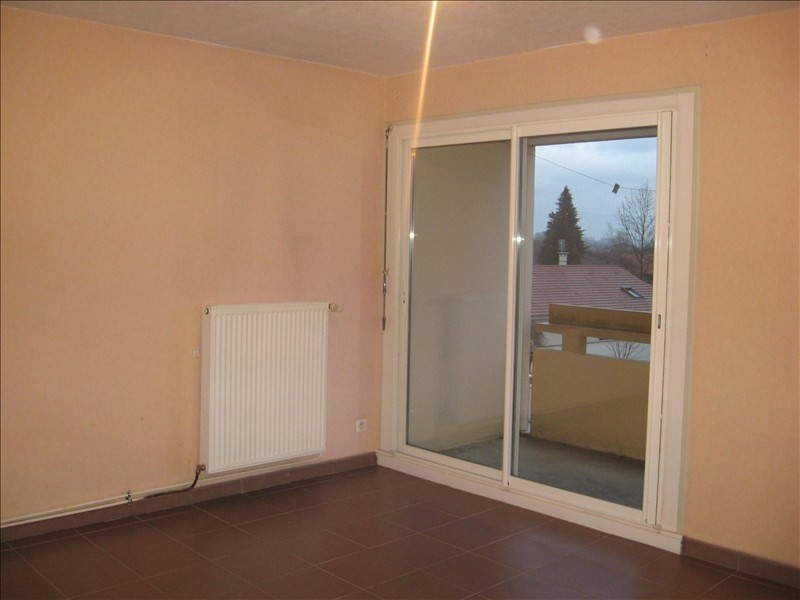 Location appartement Lagnieu 660€ CC - Photo 2