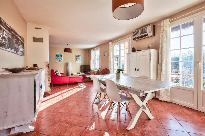 Vente de prestige maison / villa Bouc bel air 598000€ - Photo 2