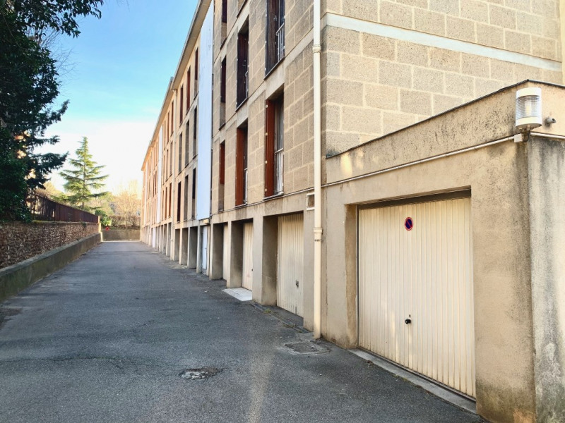 Rental parking spaces Les milles 100€ CC - Picture 2