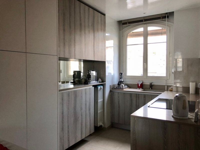 Location appartement Levallois-perret 3 000€ CC - Photo 1