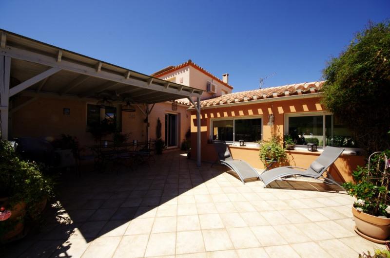 Deluxe sale house / villa Villelongue dels monts 582000€ - Picture 2