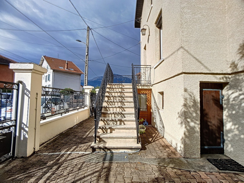 Investment property house / villa Saint-martin-d'hères 325000€ - Picture 9