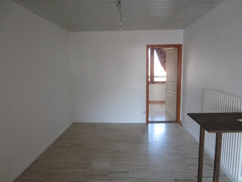 Location appartement La roche-sur-foron 815€ CC - Photo 2