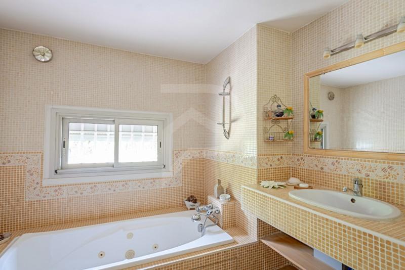 Vente maison / villa Morieres les avignon 514000€ - Photo 12