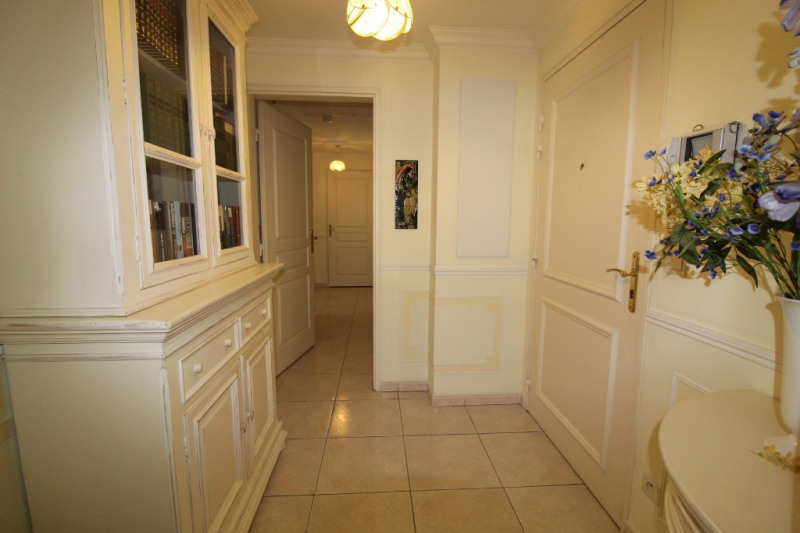 Vente appartement Hyeres 325 500€ - Photo 5