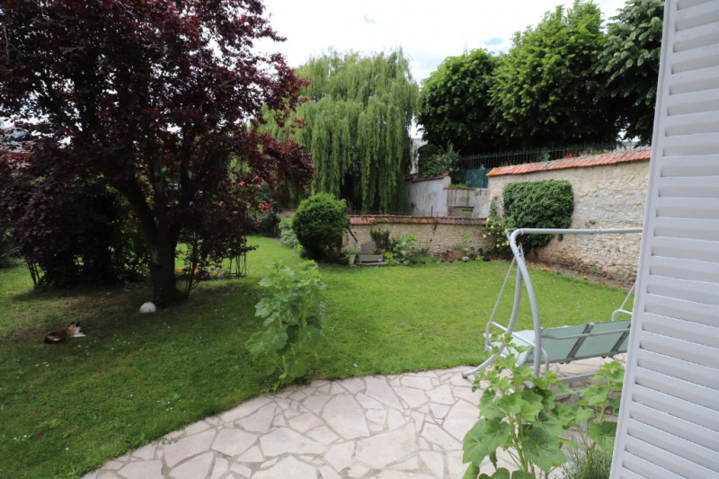 Sale house / villa Montargis 243000€ - Picture 2