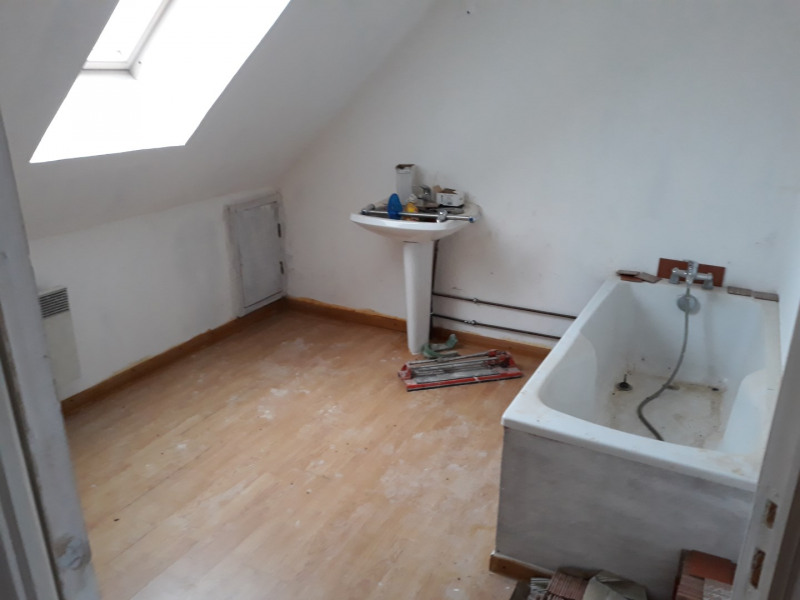Location maison / villa Bomy 650€ CC - Photo 4