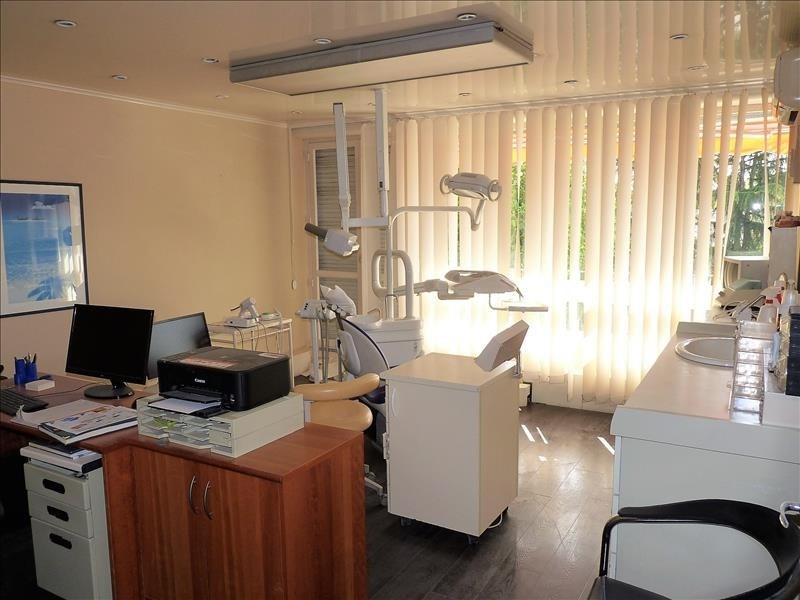 Sale apartment Pau 85900€ - Picture 2