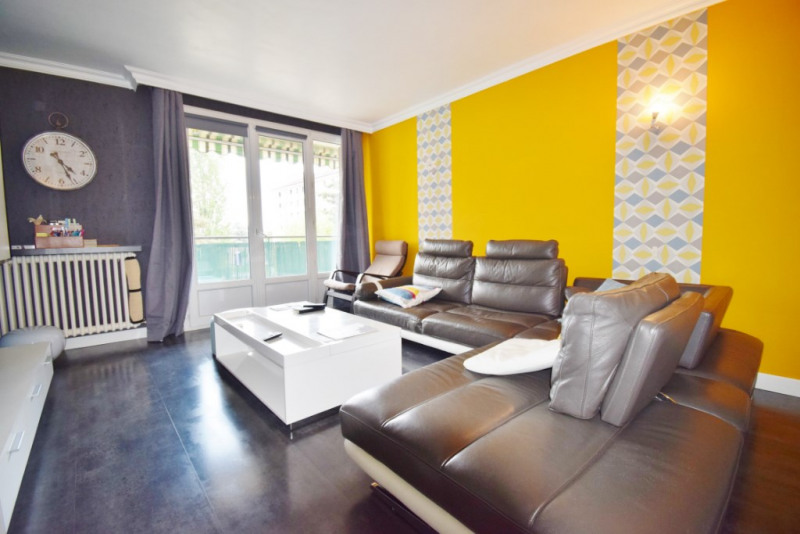 Sale apartment Annecy 297 000€ - Picture 2