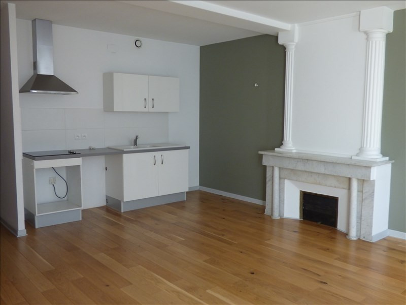 Rental apartment Le puy en velay 442€ CC - Picture 2