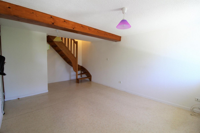 Alquiler  apartamento Beaucroissant 460€ CC - Fotografía 1
