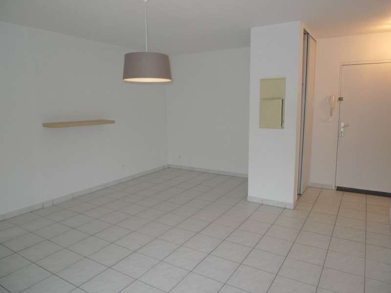 Rental apartment Saint jean de luz 650€ CC - Picture 3