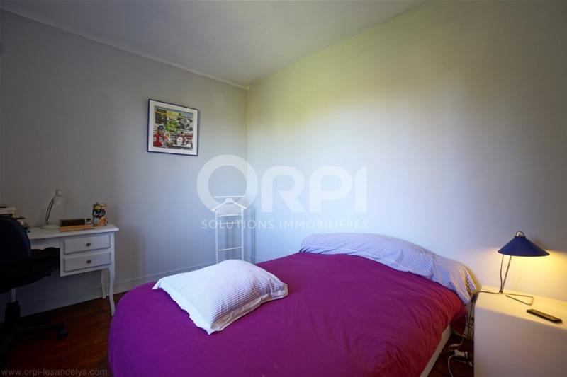 Sale house / villa Saint-clair-sur-epte 220000€ - Picture 11