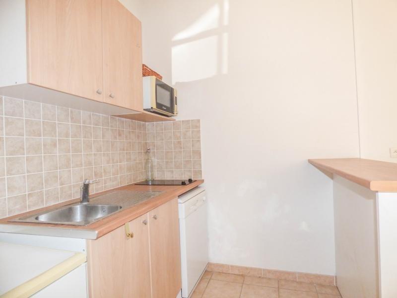 Verkoop  appartement Uzes 110000€ - Foto 6
