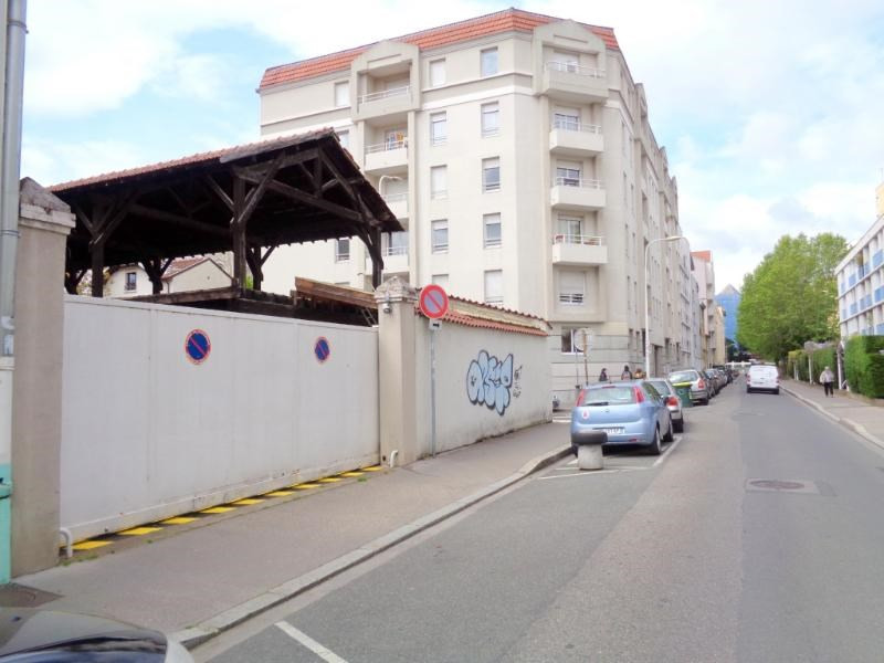Location parking Lyon 3ème 85€ CC - Photo 1