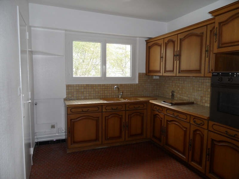 Rental apartment Marly le roi 981€ CC - Picture 2
