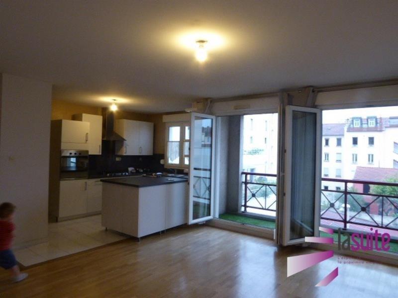 Sale apartment Lyon 3ème 342000€ - Picture 2