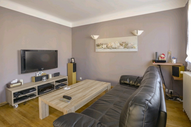 Sale house / villa Chambly 318000€ - Picture 1
