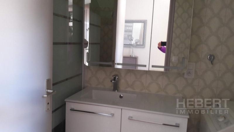 Location appartement Sallanches 915€ CC - Photo 9