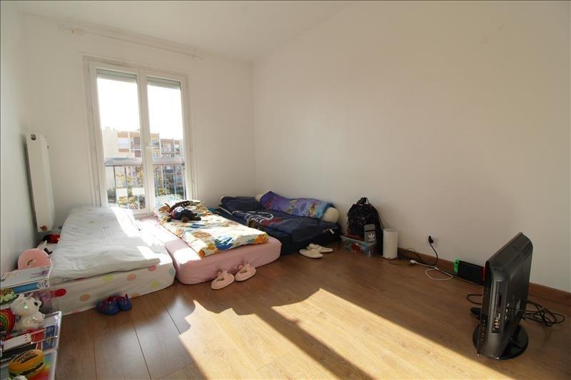 Sale apartment Maurepas 236500€ - Picture 5