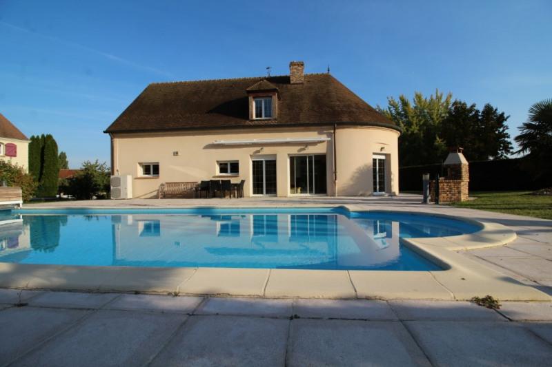 Sale house / villa Meaux 580000€ - Picture 1