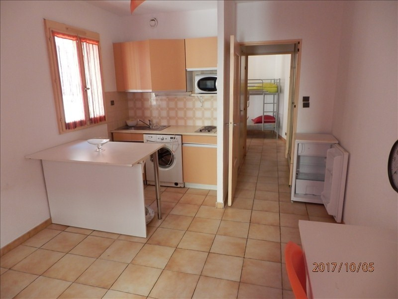 Location appartement Toulon 440€ CC - Photo 1