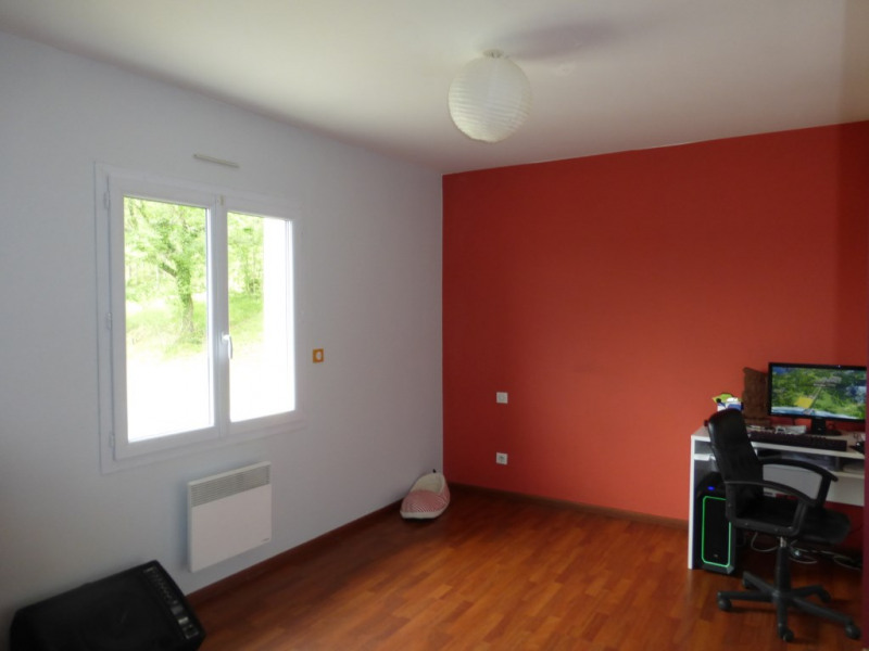 Location maison / villa Bouillon 990€ CC - Photo 7