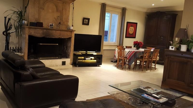 Sale house / villa L isle jourdain 499000€ - Picture 7