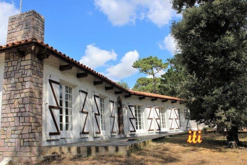 Deluxe sale house / villa Chateau d olonne 585000€ - Picture 2