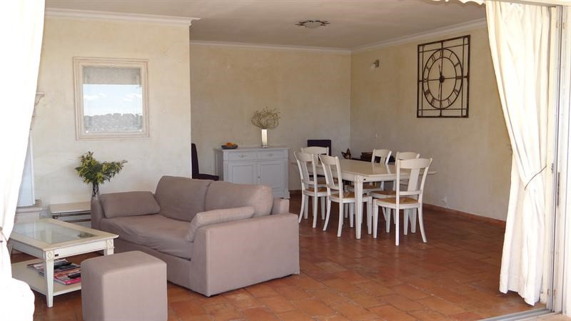 Vacation rental house / villa Cavalaire sur mer 1 000€ - Picture 12