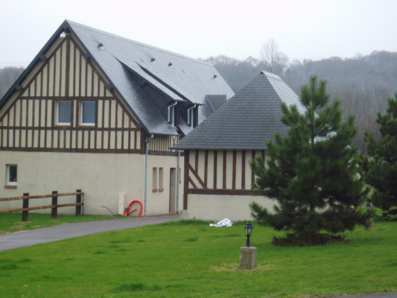 Rental house / villa Pennedepie 980€ CC - Picture 1