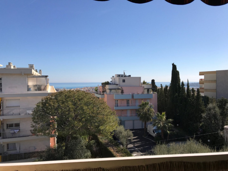 Sale apartment Antibes 229000€ - Picture 2
