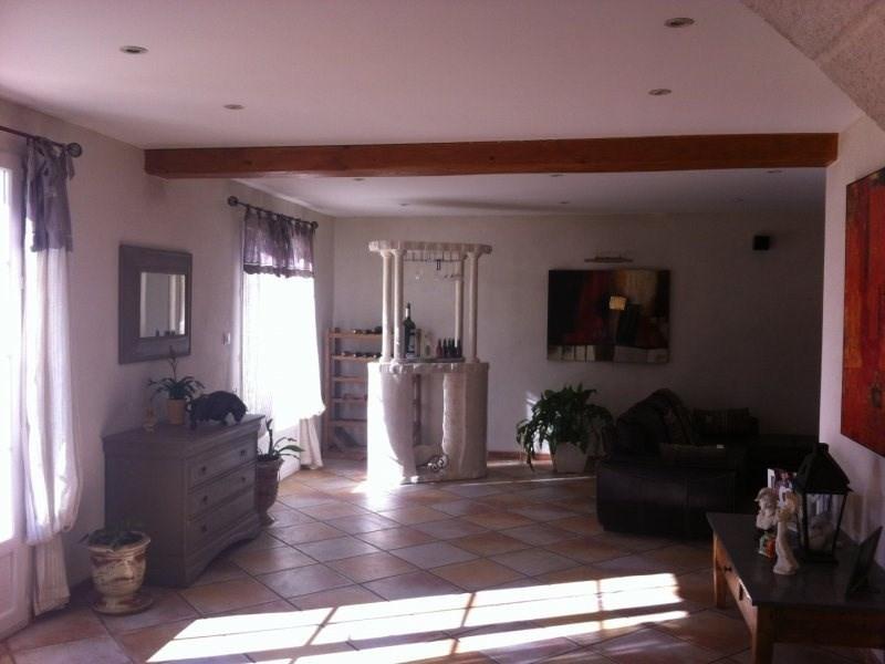 Deluxe sale house / villa Saint etienne du gres 680000€ - Picture 3