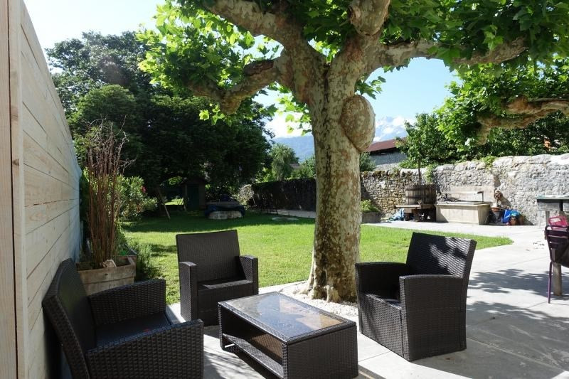 Sale house / villa Lumbin 428000€ - Picture 2