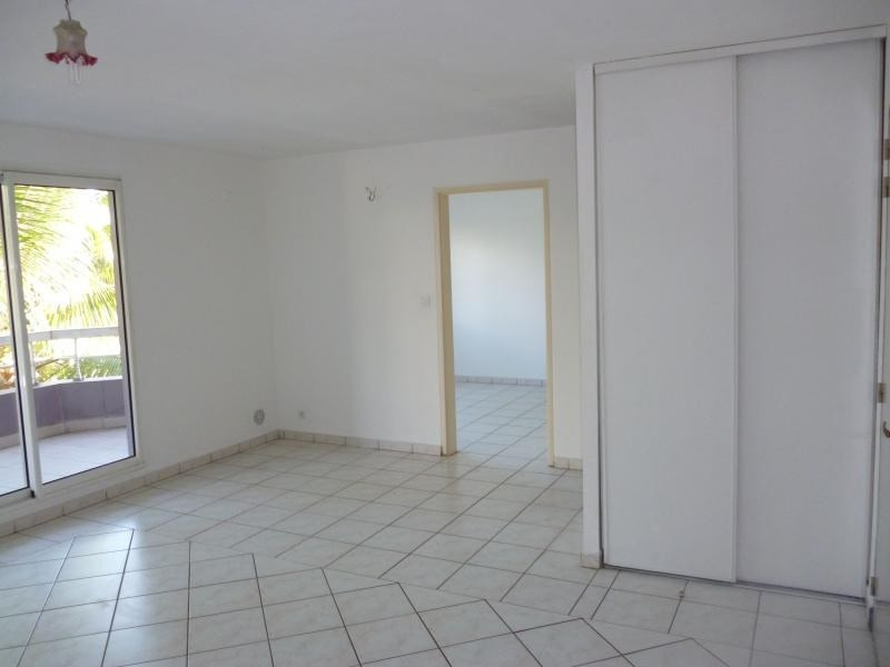 Rental apartment St denis 510€ CC - Picture 3