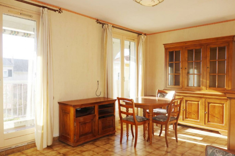 Locação apartamento La londe les maures 777€ CC - Fotografia 2