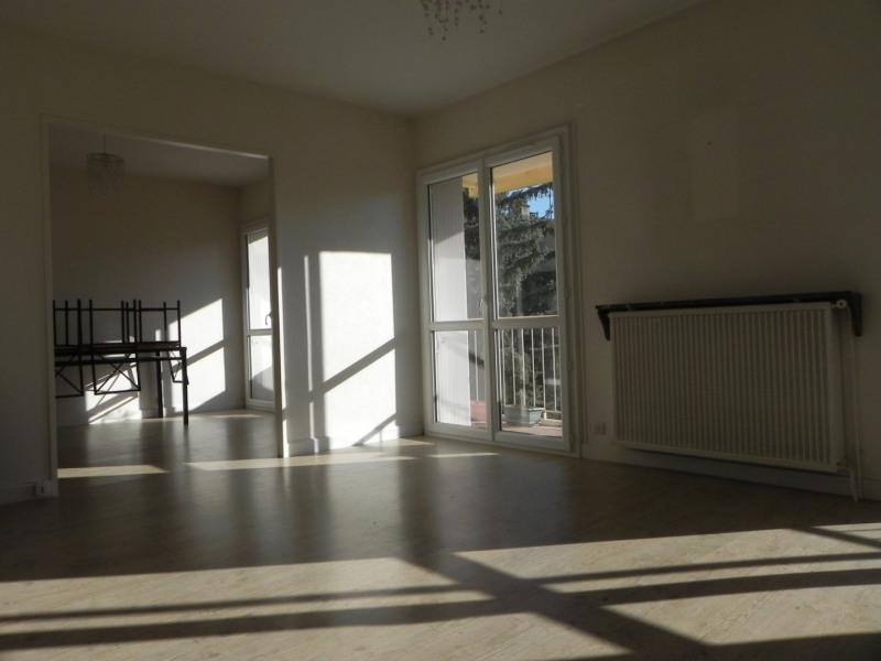 Sale apartment Agen 119000€ - Picture 2