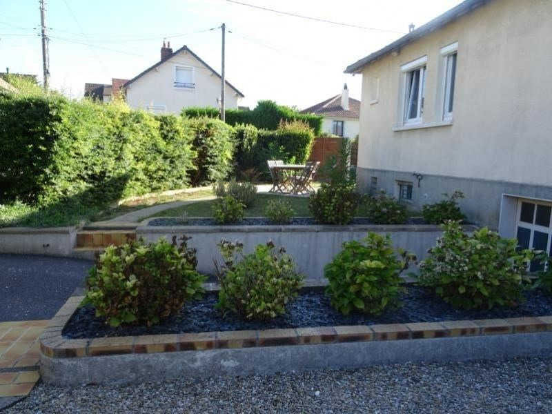 Sale house / villa Chambly 287 000€ - Picture 2