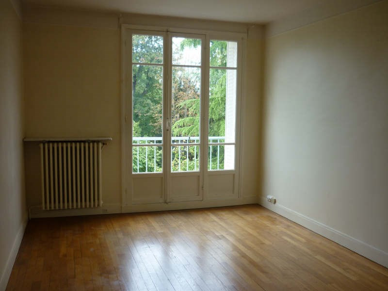 Rental apartment St germain en laye 1 053€ CC - Picture 2