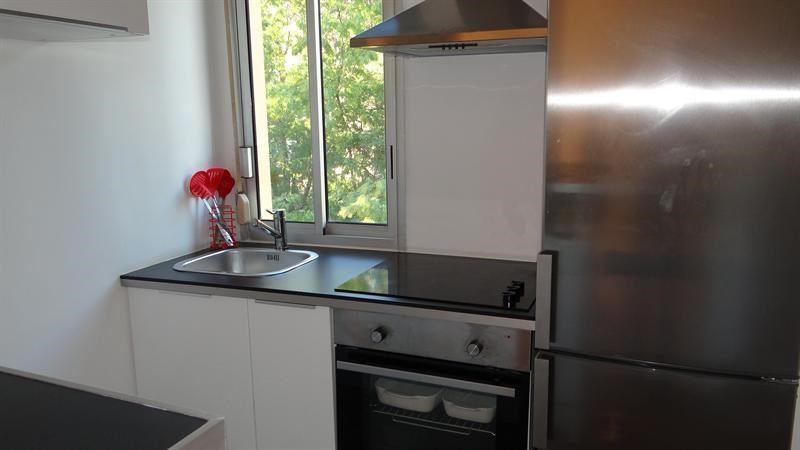 Vacation rental apartment Cavalaire sur mer 900€ - Picture 8