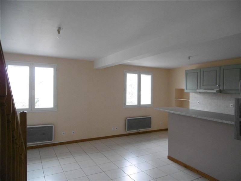 Location appartement St martin de bavel 529€ CC - Photo 2