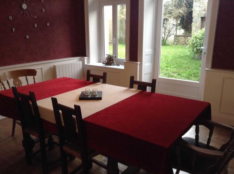 Sale house / villa Rostrenen 117030€ - Picture 3