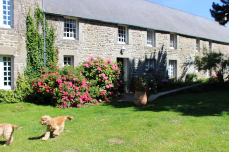 Deluxe sale house / villa Barfleur 1360000€ - Picture 2