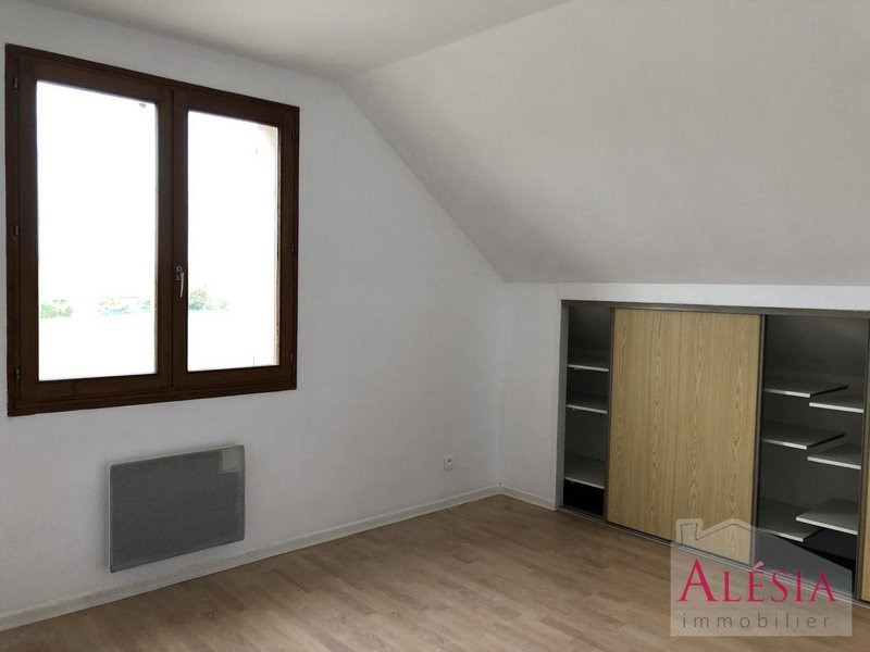Rental house / villa Juvigny 850€ CC - Picture 5